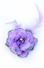 Bloemen op speld elastiek paars